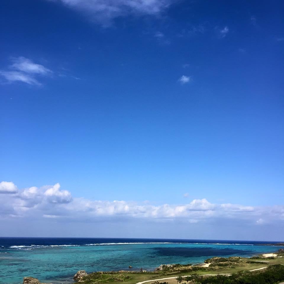 フリー素材 画像 冬の南国風景 青い空、青い海、白い雲、地球 ...